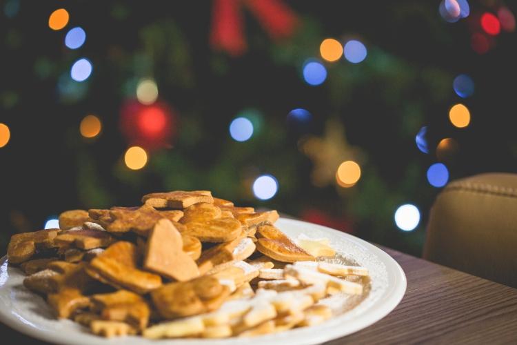christmas-sweets-with-christmas-tree-picjumbo-com.jpg