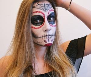 Halloween www.makemyutopia.com