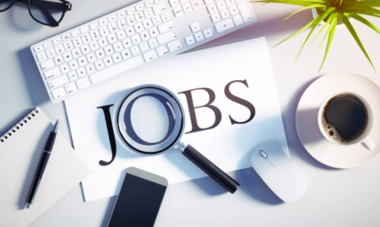 recherche job www.makemyutopia.com